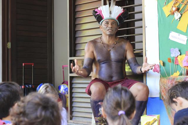 indígenas na escola
